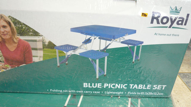 Blue picnic table set (Folds flat)