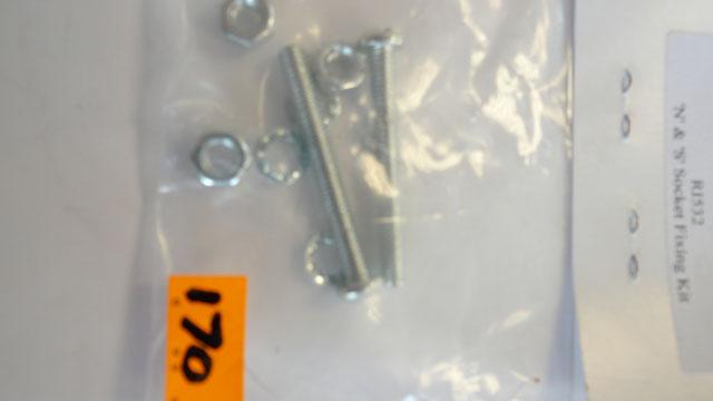 N & S Socket  fixing kit